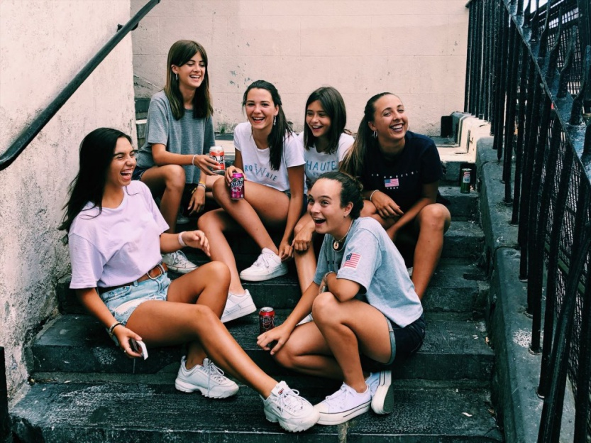 cursos-idiomas-extranjero-kilkenny-GIRLS
